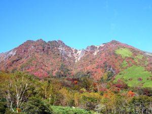 朝日岳の紅葉